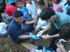 TCIS students give medical assistance on LASA service trip to Philippines